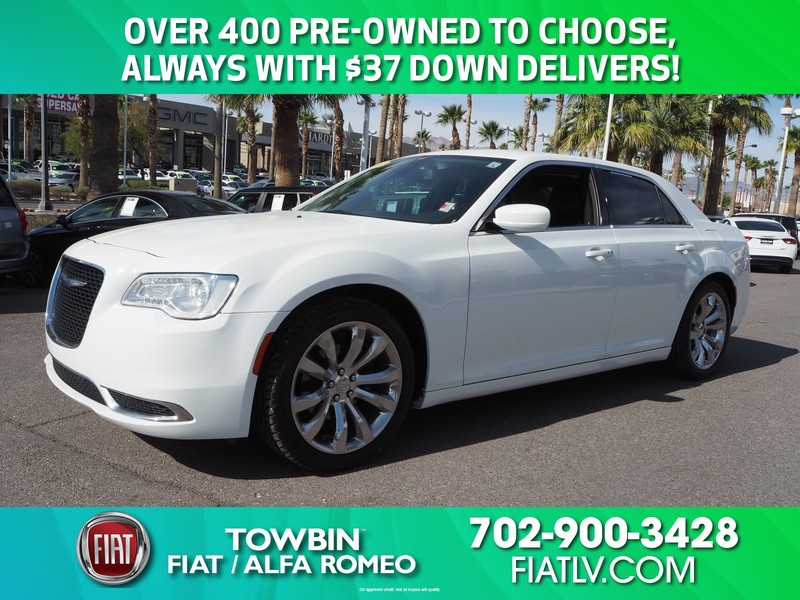 Pre-Owned 2017 CHRYSLER 300 LIMITED VALUE